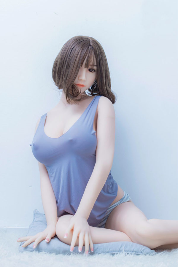 poupee sexuelle silicone asiatique kim 1