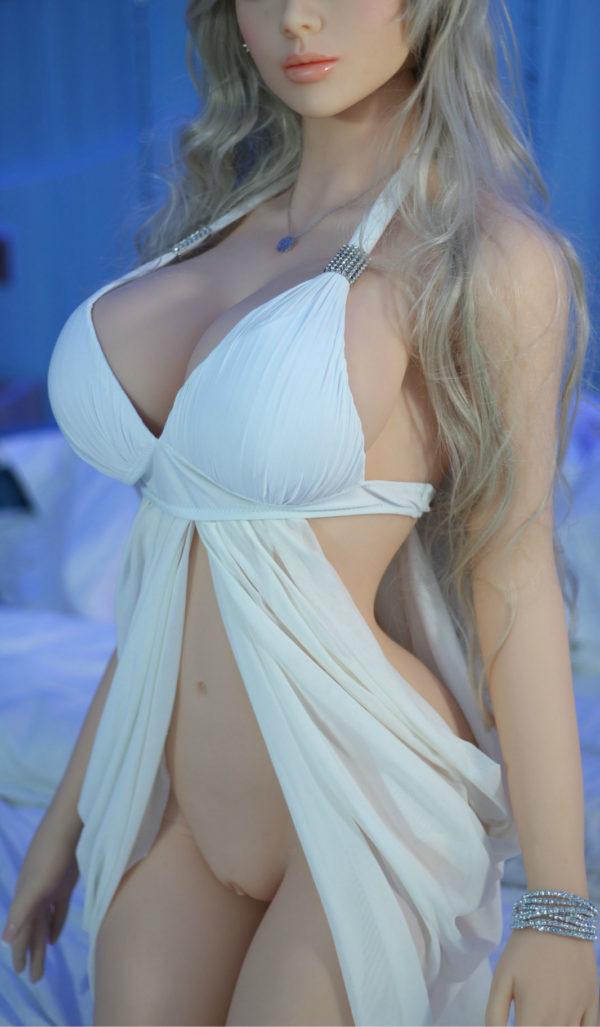 poupee sexuelle silicone celeste 40