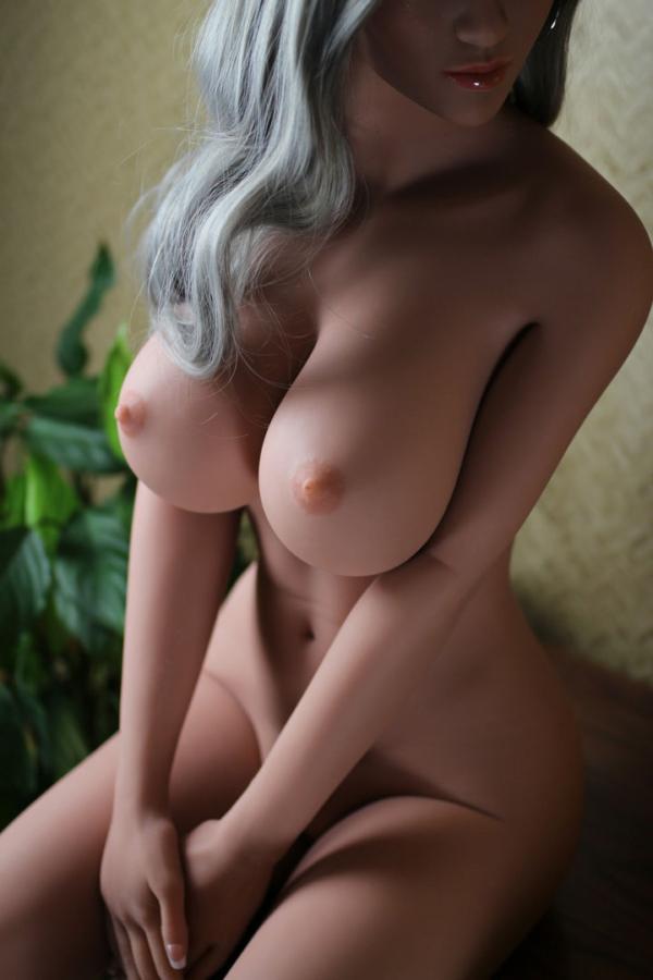 poupee sexuelle silicone eliza 19