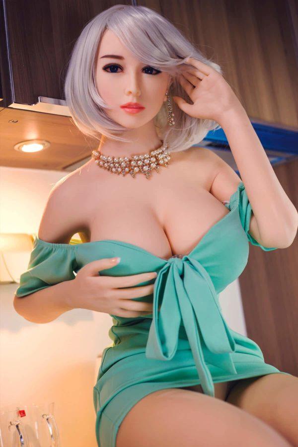poupee sexuelle silicone gros seins ayako 23