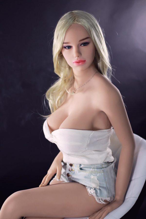poupee sexuelle silicone gros seins britney 13