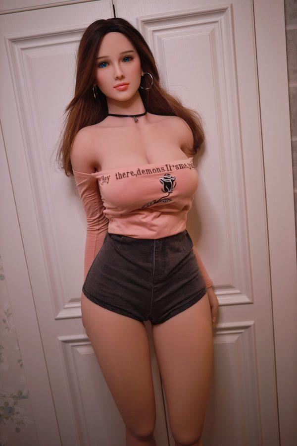 poupee sexuelle silicone gros seins janis 8