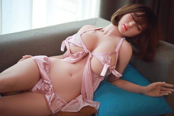poupee sexuelle silicone lei 9