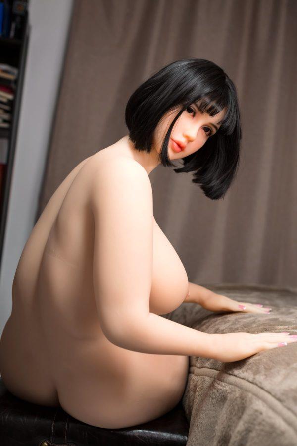poupee sexuelle silicone monica 24