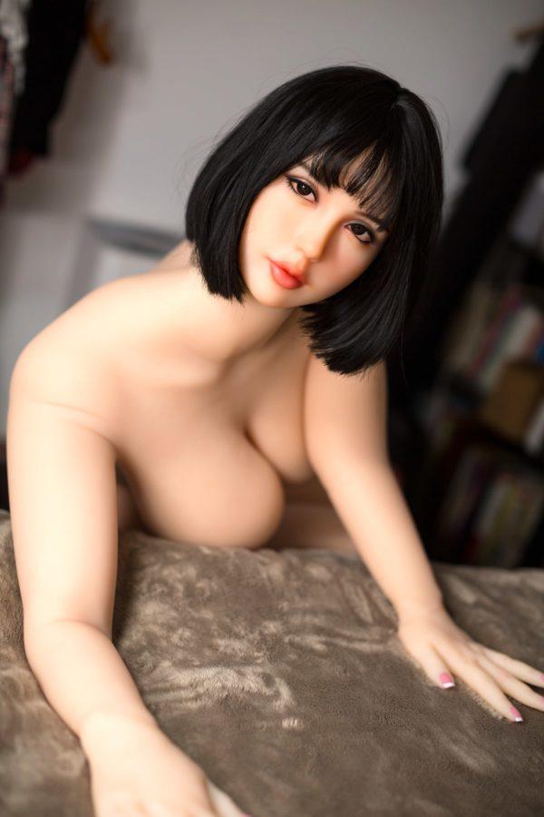 poupee sexuelle silicone monica 28