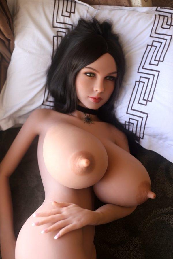 poupee sexuelle silicone seins enormes marylou 8