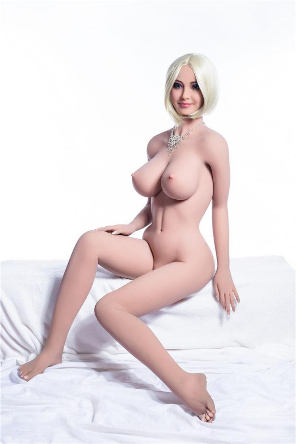 poupee sexuelle silicone sexy lise 13