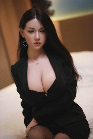 poupee sexuelle silicone asiatique joy 11