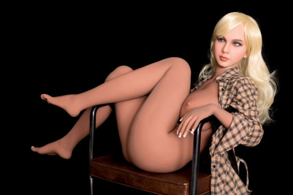 poupee sexuelle silicone evy 16