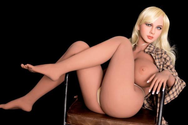 poupee sexuelle silicone evy 17